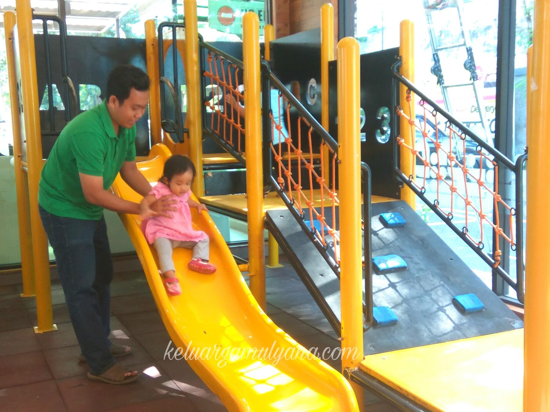 playground hokben