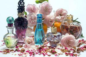 memilih parfum wanita