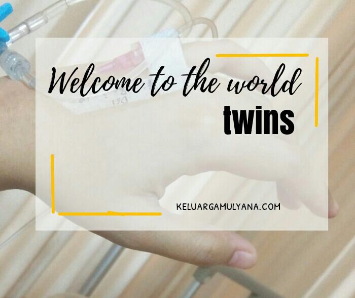 melahirkan bayi kembar